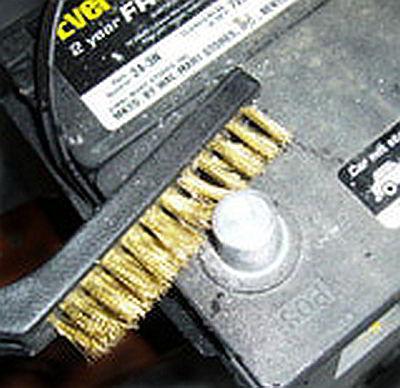 очистка-клем-аккумулятора-3